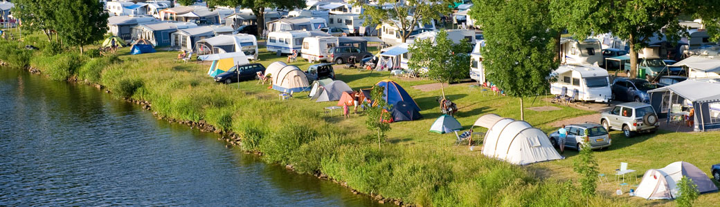 Camping pas cher dordogne location mobil home sarlat for Camping dordogne avec piscine pas cher